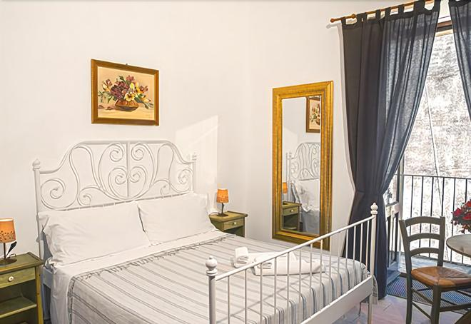 I Vespri Rooms - Catania - Bedroom