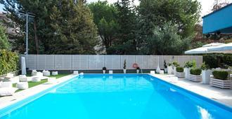 Hotel Europa - Cosenza - Pool