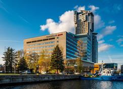 Courtyard by Marriott Gdynia Waterfront - Gdynia - Byggnad