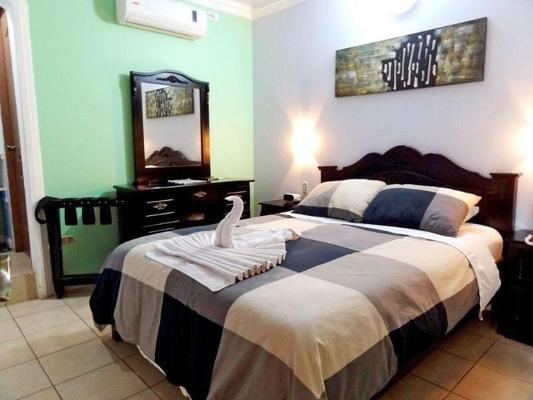 埃斯卡瑞馬酒店 - 阿拉輝拉 - 阿拉胡埃拉 - 臥室