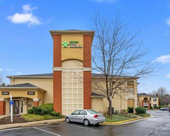 Extended Stay America - Washington, D.C. - Falls Church - Merrifield - Fairfax - Building