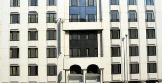 Aparthotel Castelnou - Gante - Edificio