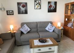 Beautifully Appointed Self Catering Beach Front Apartment Refurbished 2019 - Gibraltar - Living room
