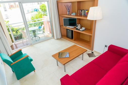 Hotel Roc Lago Rojo - Adults Recommended - Torremolinos - Living room