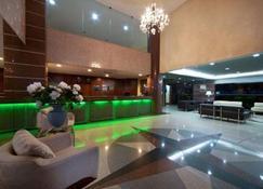 Quality Suites Vila Velha - Vila Velha - Front desk