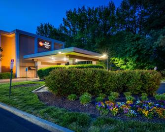 Best Western Plus Richmond Airport Hotel - Sandston - Building