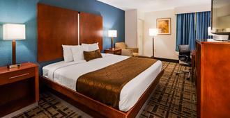 Best Western Plus Richmond Airport Hotel - Sandston - Quarto