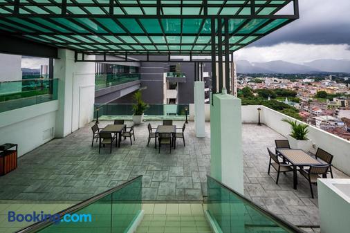 Migliore Homestay - Ipoh - Balcony