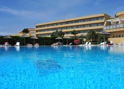 Axis Ofir Beach Resort Hotel - Esposende - Zwembad