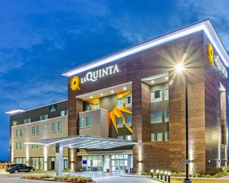 La Quinta Inn & Suites by Wyndham Sweetwater East - Sweetwater - Gebäude