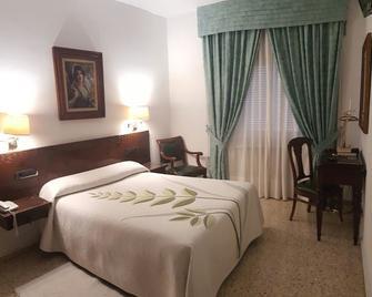 Nico Hotel - Medinaceli - Bedroom