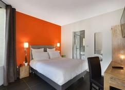 Hotel Douglas - Puteaux - Habitación