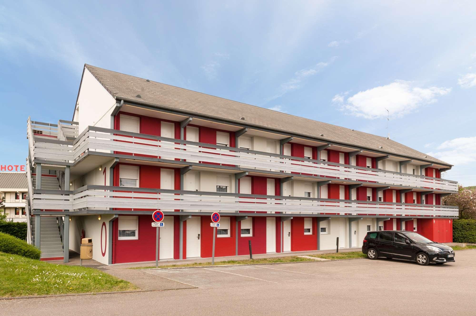 Etienne Du Hôtel Campanile Rouen Saint Rouvray Point Des Sud Rond UMpGjSLzVq