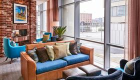 Staybridge Suites Liverpool - Liverpool - Living room