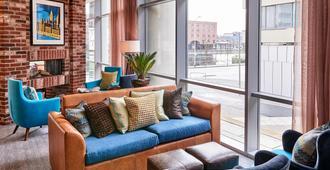 Staybridge Suites Liverpool - ליברפול - סלון