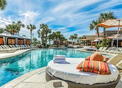 San Luis Resort Condos - Galveston - Pileta
