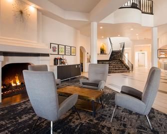 Best Western Posada Royale Hotel & Suites - Simi Valley - Lobby