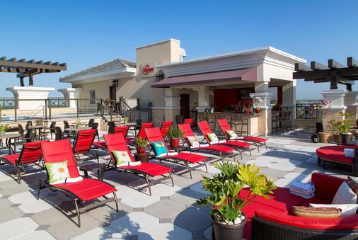 Ramada Plaza by Wyndham Orlando Resort & Suites Intl Drive - Orlando - Bar