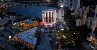 Ramada Plaza Resort & Suites By Wyndham Orlando Intl Drive - Orlando - Dış görünüm