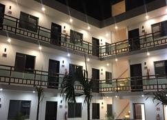 Hotel Apartamentos Stone - Bacalar - Edificio