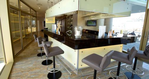 Best Western Plus Hotel Bremerhaven - Bremerhaven - Bar