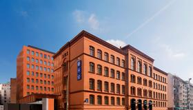 H10 Berlin Ku'damm - Berlin - Building