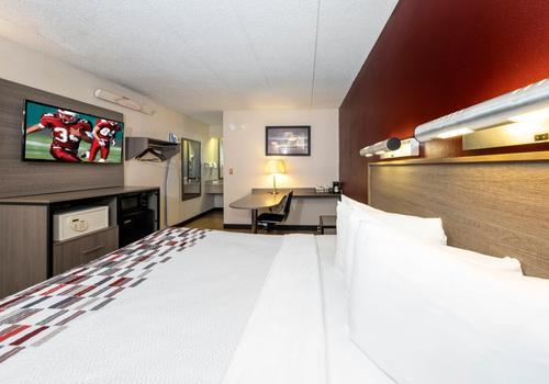 Red Roof Inn Tinton Falls Jersey Shore 83 1 2 5 Tinton Falls Hotel Deals Reviews Kayak