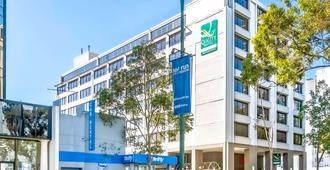 Quality Hotel Ambassador Perth - Perth - Gebäude