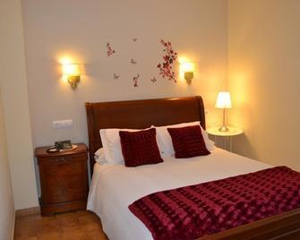 Hotel Nuevo Cachalote - Portonovo - Bedroom