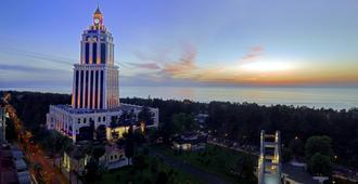 Sheraton Batumi Hotel - Batoemi - Gebouw