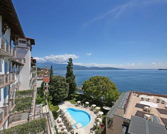 Hotel Savoy Palace - Gardone Riviera - Beach