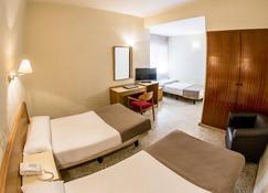 Hotel Leuka - Аліканте - Спальня