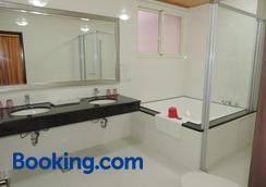 Happy Life B&B - Donggang - Bathroom