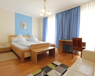 Hotel Adria Stuben - Urbar (Mayen-Koblenz) - Slaapkamer
