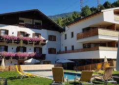 Hotel - Restaurant Schaurhof - Vipiteno - Edificio