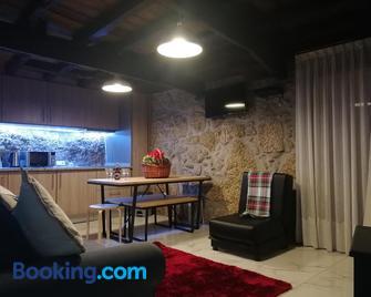 Casa Miguel - Sabugueiro - Living room