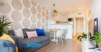Mediterranean Barcelona apartments - Barcelona - Sala de estar