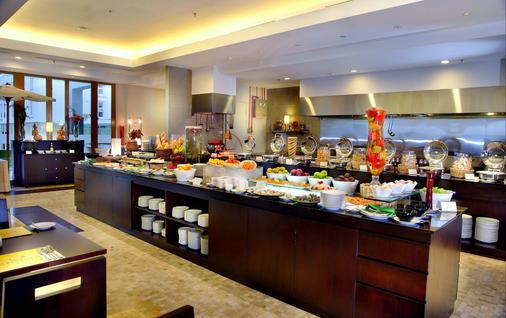 Aston Bogor Hotel and Resort - Bogor - Buffet