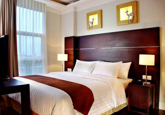 Aston Bogor Hotel and Resort - Bogor - Makuuhuone