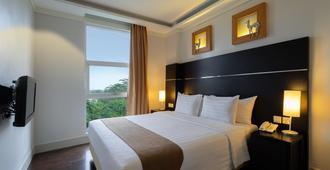 Aston Bogor Hotel and Resort - Bogor - Bedroom