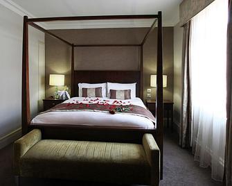 Mercure Winchester Wessex Hotel - Winchester - Bedroom