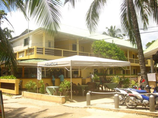 Aquatica Beach Resort - Panglao - Building
