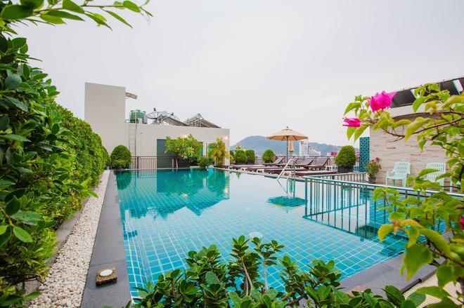 Azure Bangla Phuket - Patong - Piscina