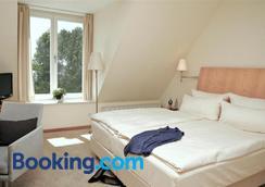 Hotel Kleines Meer - Waren - Bedroom