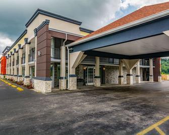 Quality Inn - Mt Vernon - Building