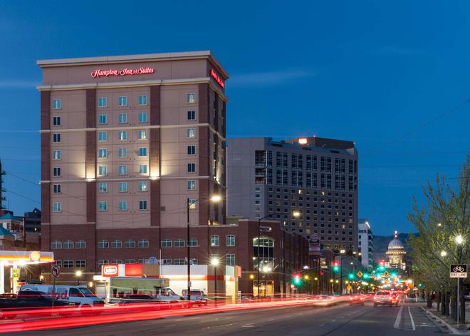 Hampton Inn & Suites Boise-Downtown - Boise - Rakennus