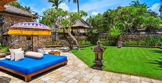 The Oberoi Beach Resort, Bali - קוטה - פטיו