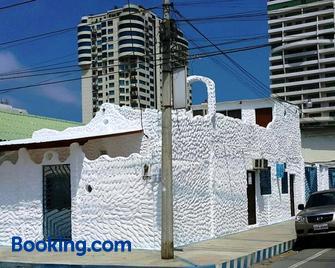Bluebeach - Salinas (Santa Elena) - Edificio