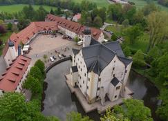 Wasserschloss Klaffenbach Schlosshotel - Chemnitz - Außenansicht