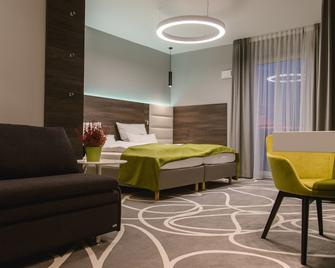 Hotel Restaurant Sachsenross - Norten-Hardenberg - Bedroom